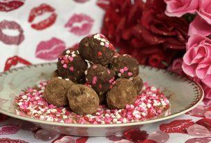 vegan valentines day sweets, chocolate truffles